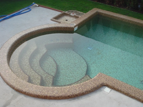 Barna medence lépcsője