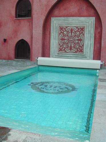 Hotel Shiraz medencéje