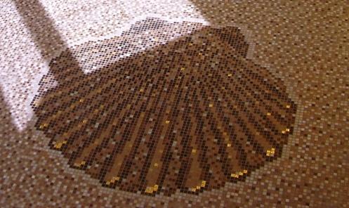 Kagyló mozaikkép egyedi színkeverék háttérben