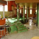 Hotel egyedi medencetere