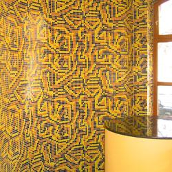 Teljes falfelület mozaikburkolata